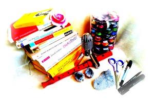 Scanner: Bücher, Instrumente, Farben, Stifte, Dinge... (c) Johanna Ringe www.dein-buntes-leben.de