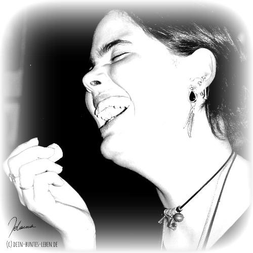 Lachen befreit! (c) 2015 Johanna RInge dein-buntes-leben.de
