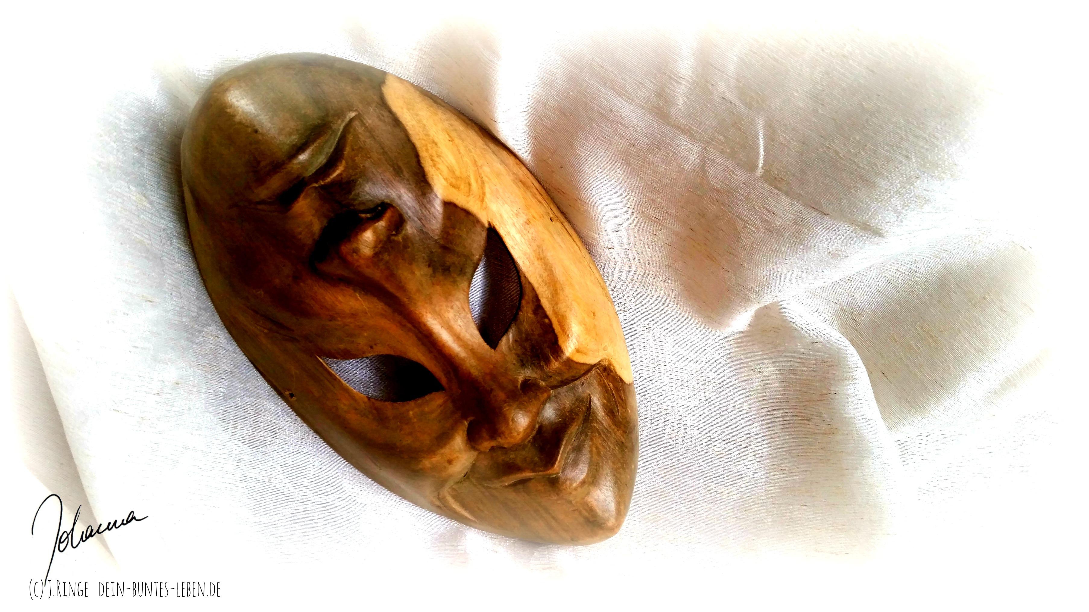 Maske (c) Johanna Ringe